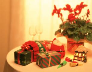 クリスマスイメージの写真素材 [FYI03979027]