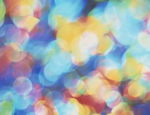 虹色の光のイラスト素材 [FYI03981178]