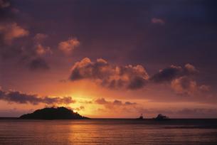 リザード島の夕焼けの写真素材 [FYI03981568]