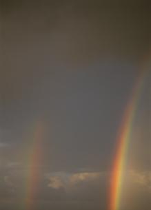 ダブルレインボー トラック諸島の写真素材 [FYI03981886]