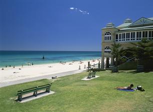 コテスロビーチ パース郊外 西オーストラリア州の写真素材 [FYI03981887]
