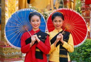 ボーサンの傘祭り参加者の写真素材 [FYI03982052]
