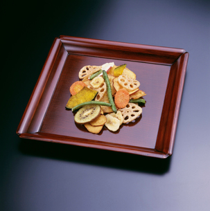 須磨屋の野菜いろいろの写真素材 [FYI03983561]