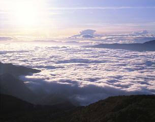 雲海の写真素材 [FYI03985132]