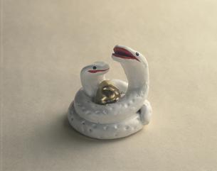 伏見土人形の蛇の写真素材 [FYI03985265]