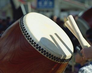 「祭」の太鼓の写真素材 [FYI03986463]