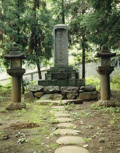信玄の母 大井夫人の墓 長禅寺の写真素材 [FYI03986488]