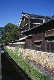 水屋建築の旧家の写真素材 [FYI03988142]