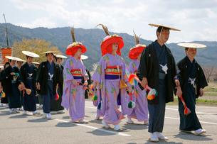 水無神社例大祭 上臈(じょうろう)の行列の写真素材 [FYI03988850]