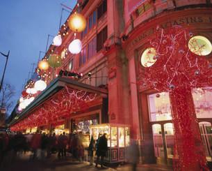クリスマスのデパートの写真素材 [FYI03989548]