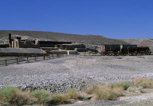 ハーモニー硼砂製作所跡 デスバレー国立公園の写真素材 [FYI03989990]