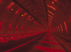 トンネルの写真素材 [FYI03990406]
