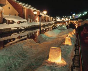 小樽雪あかりの路 小樽運河の写真素材 [FYI03990614]
