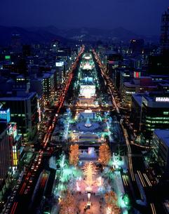 札幌雪祭り夜景の写真素材 [FYI03990626]