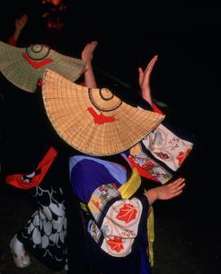 西馬音内盆踊りの写真素材 [FYI03991902]