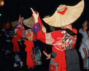 西馬音内盆踊りの写真素材 [FYI03991903]