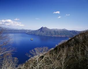 阿寒国立公園 摩周湖の写真素材 [FYI03991999]