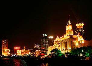 旧上海夜景 ワイタンの写真素材 [FYI03995694]