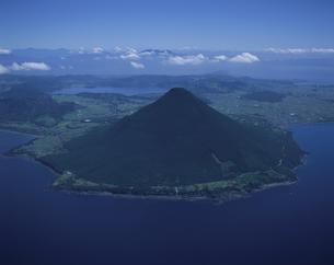 開聞岳と薩摩半島南端H7年7月の写真素材 [FYI03995939]