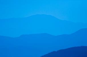 行人岳からの紫尾山の写真素材 [FYI03996141]