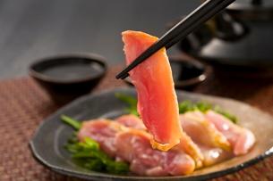 薩摩地鶏さしみの写真素材 [FYI03996158]