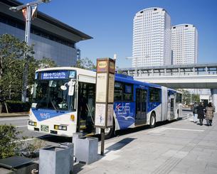 ボルボの連結バス 京成バスの写真素材 [FYI03996353]