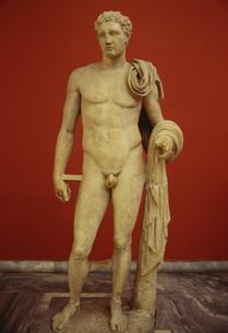 ヘルメス像 アテネ考古学博物館の写真素材 [FYI03996391]