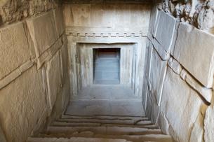 タマッソス遺跡の墓の写真素材 [FYI03996705]