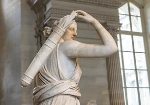 狩猟するアルテミス女神の写真素材 [FYI03996825]