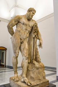 ヘラクレス像の写真素材 [FYI03997049]