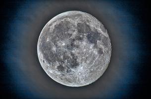 十六夜月の写真素材 [FYI03997076]