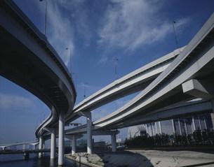 首都高橋脚の写真素材 [FYI03999527]