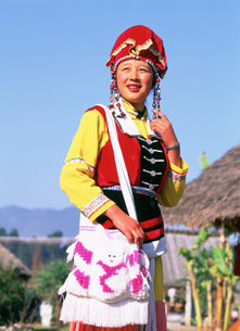 イ族の女性の写真素材 [FYI03999698]