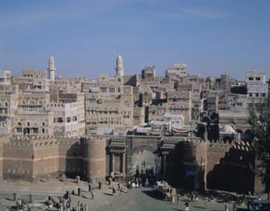 旧市街バブアルイエメン門の写真素材 [FYI04003541]