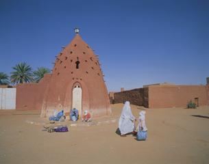 ティミモウンオアシス 2月 アルジェリアの写真素材 [FYI04005992]