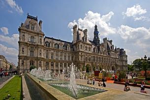 パリ市庁舎(オテル・ド・ヴィル)の写真素材 [FYI04008360]