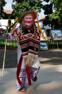 伝統の老人の踊りの写真素材 [FYI04008902]
