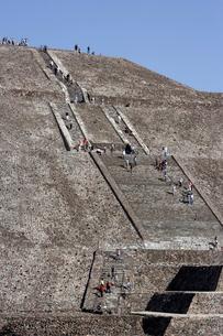 太陽のピラミッドの写真素材 [FYI04008941]