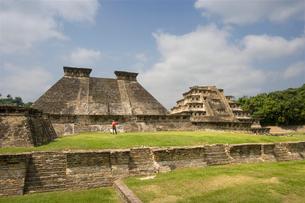 壁龕のピラミッド エルタヒン遺跡の写真素材 [FYI04008997]