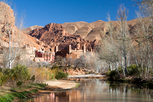 Dades Valley-Kasbahの写真素材 [FYI04009203]