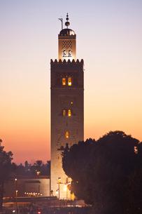The Medina-Shop-Djemaa el-Fna Square-Koutobia Towerの写真素材 [FYI04009235]