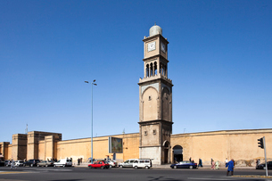 The Clock Tower of Casablanca city center.の写真素材 [FYI04009242]