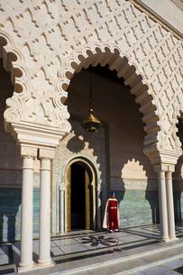 Mohamed V Maussoleum-The Guardの写真素材 [FYI04009260]