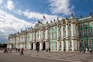 Rusia , San Petersburg City, the Winter Palace Bldg.の写真素材 [FYI04009301]