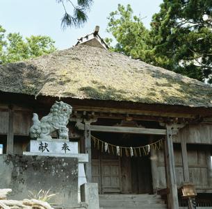 松苧神社の写真素材 [FYI04009349]