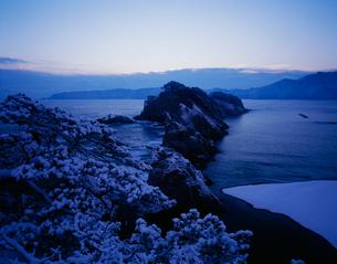 冬の浄土ヶ浜の写真素材 [FYI04009540]