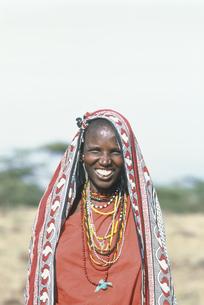 マサイ族の女性 マサイマラ動物保護区の写真素材 [FYI04011003]