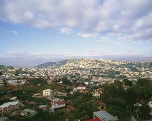 丘の上の住宅地の写真素材 [FYI04011145]