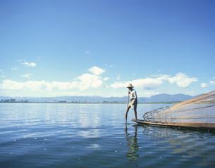魚取り 漁業の写真素材 [FYI04011176]