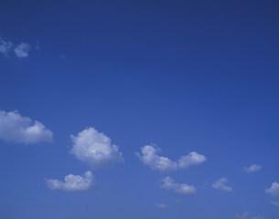 雲の写真素材 [FYI04011342]